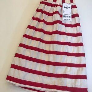 Red stripes skirt.